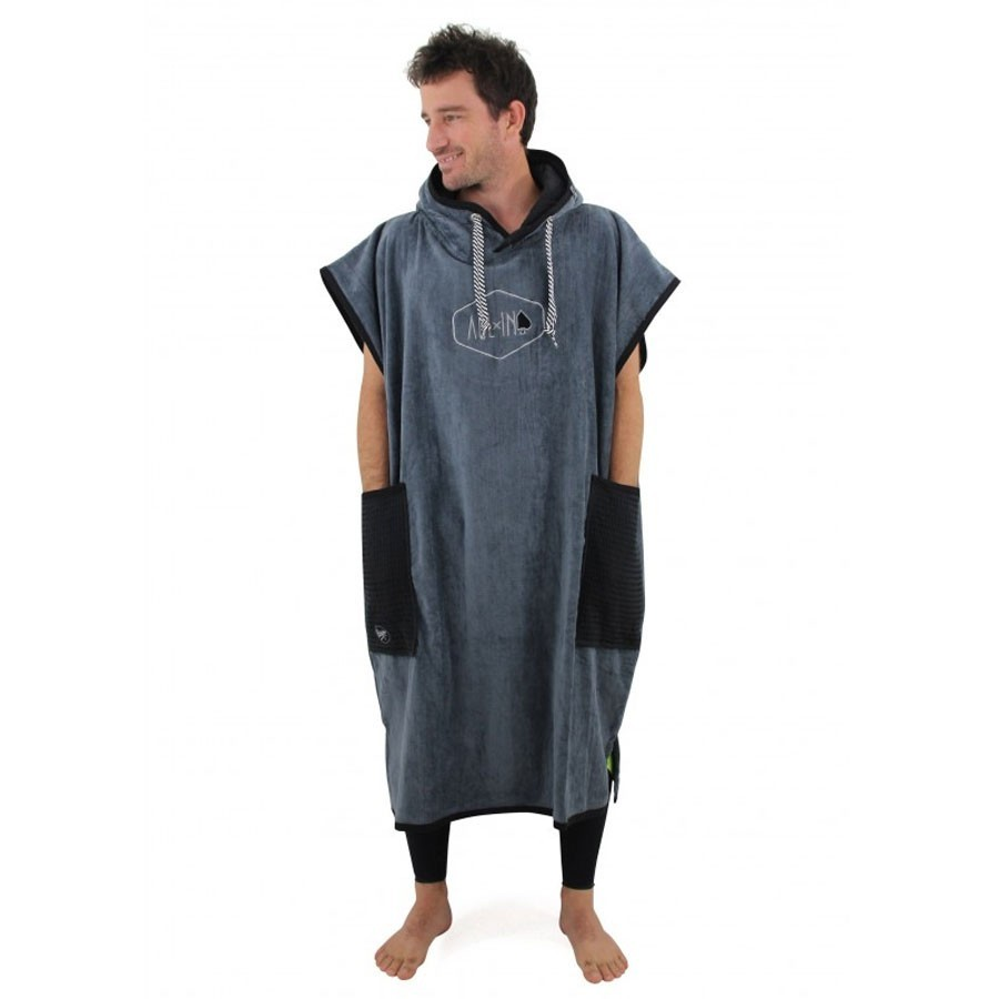 All In Poncho Classic charcool black waffle